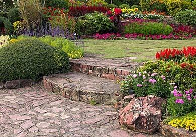 giardino-con-gradini-igresso.jpg