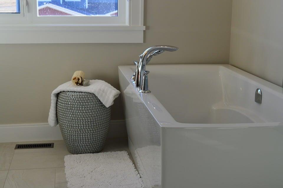 vasca da bagno rotta