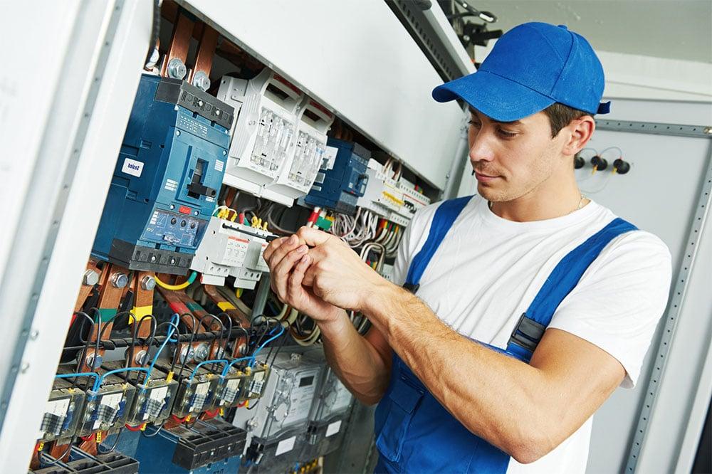 elettricista ripara quadro elettrico a roma