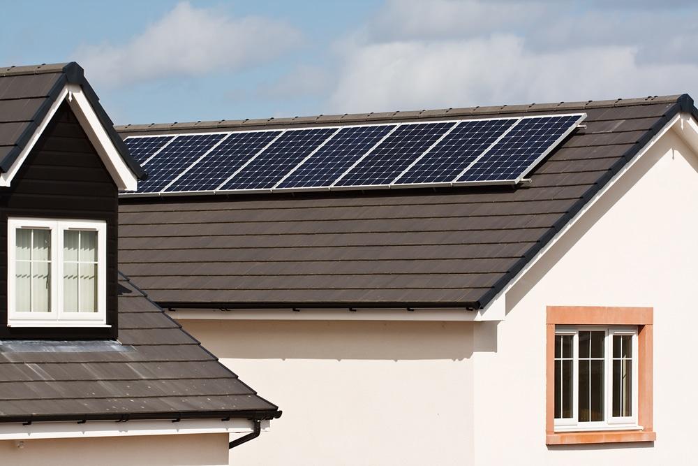 fotovoltaico a roma su tetto di una villa