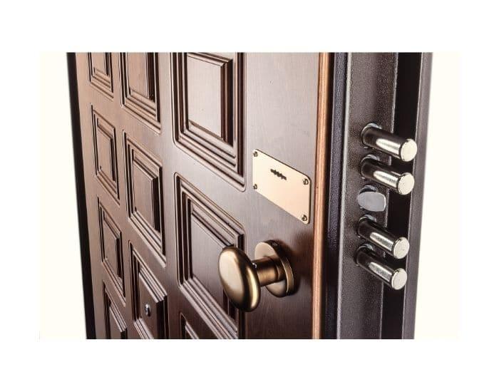 Esempio di come scegliere una porta blindata